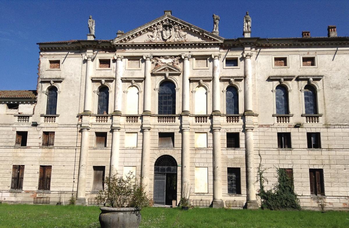 Restauro Villa Ghellini a Villaverla